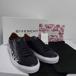 NWB Givenchy Urban Knots Low Top Sneakers Size 39